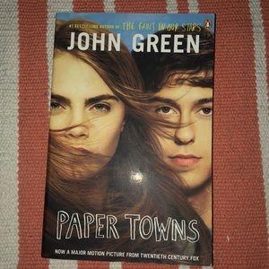Accessories - John green paper towns book